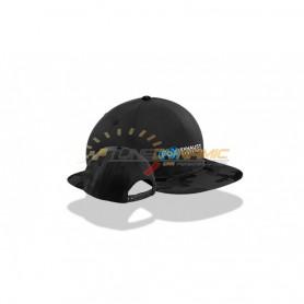 Casquette Snapback FOX de couleur noire/camouflage avec logo bleu/blanc